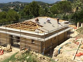 Charpente industrielle - Desamianter une toiture ...